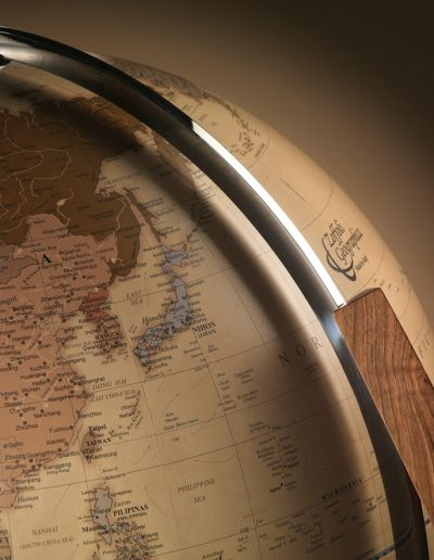 Studio close-up photo of the Vertigo modern world globe.