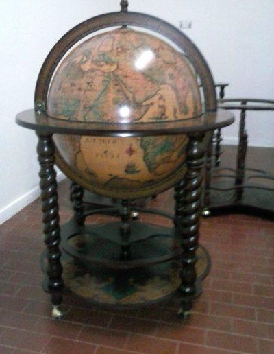 Customer photo of the Noble Italian Globe Bar Cabinet Bacco
