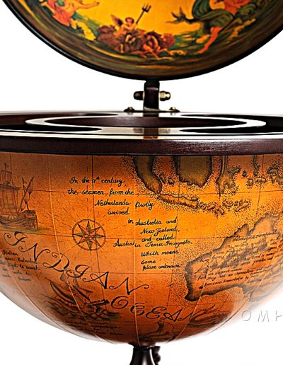 Product photo for the Davy Jones classic nautical globe bar - close-up