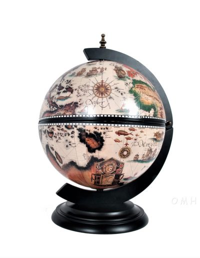 Image of nautical chess globes - closed