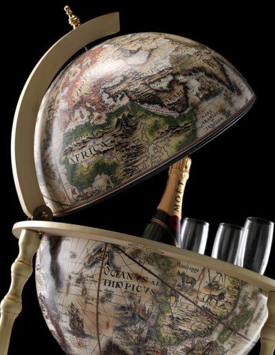 Studio photo of the ivory white globe bar Tucano - top close-up