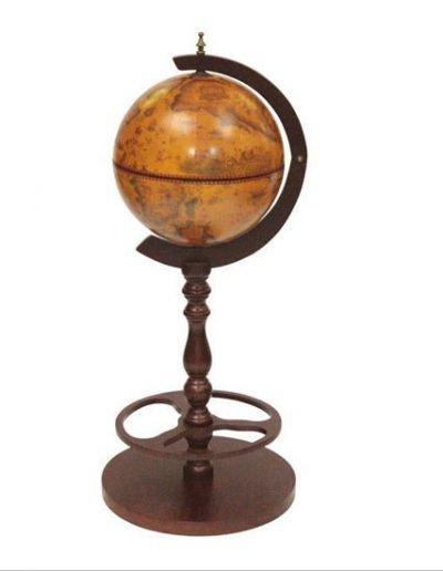 Product photo of the Roma old world globe bar - closed