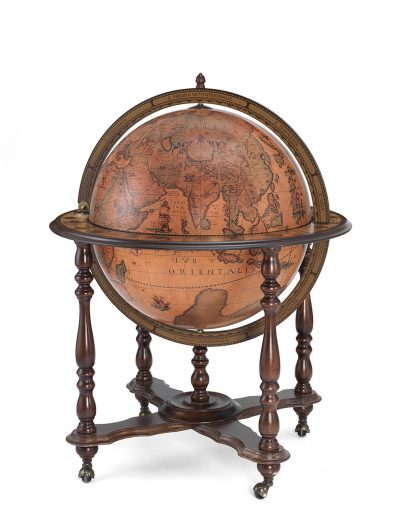 Product photo for the Majestic Achilles extra large bar globe on casters - closed