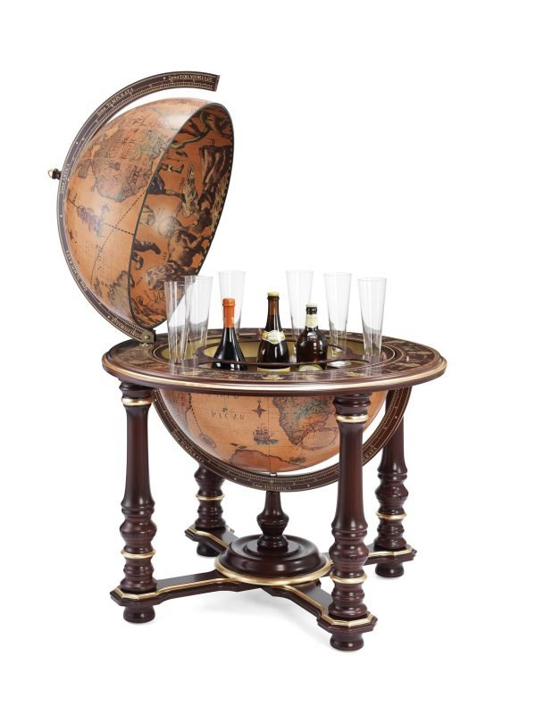 Product photo of the Grand Throne Room extra large floor globe bar Afrodite - open