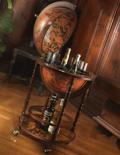 Studio photo of the Mobile Minerva Globe Bar on Casters - classic, open