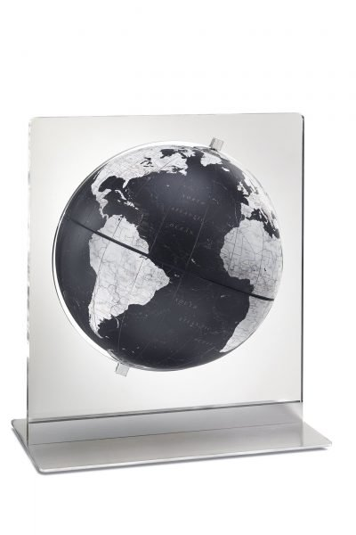 Product photo of the Italian Aria in Black desk globe.