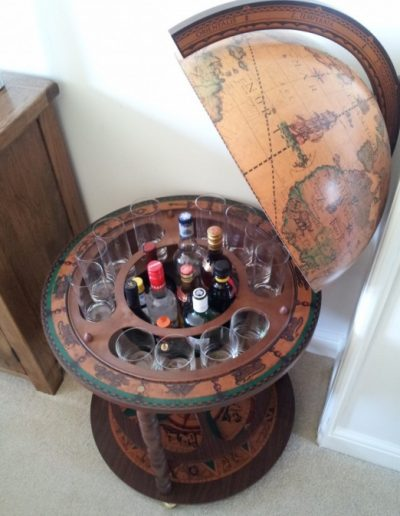 Customer photo of the Roll-Out Calipso Large Globe Liquor Cabinet