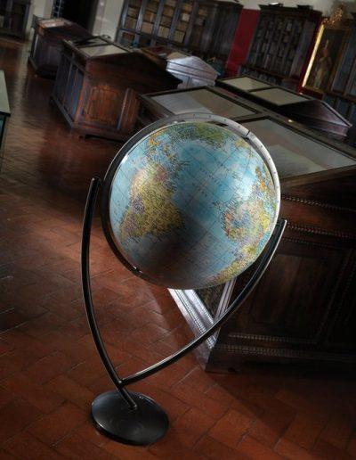 Studio photo of the blue Colombo Extra Large Italian World Globe