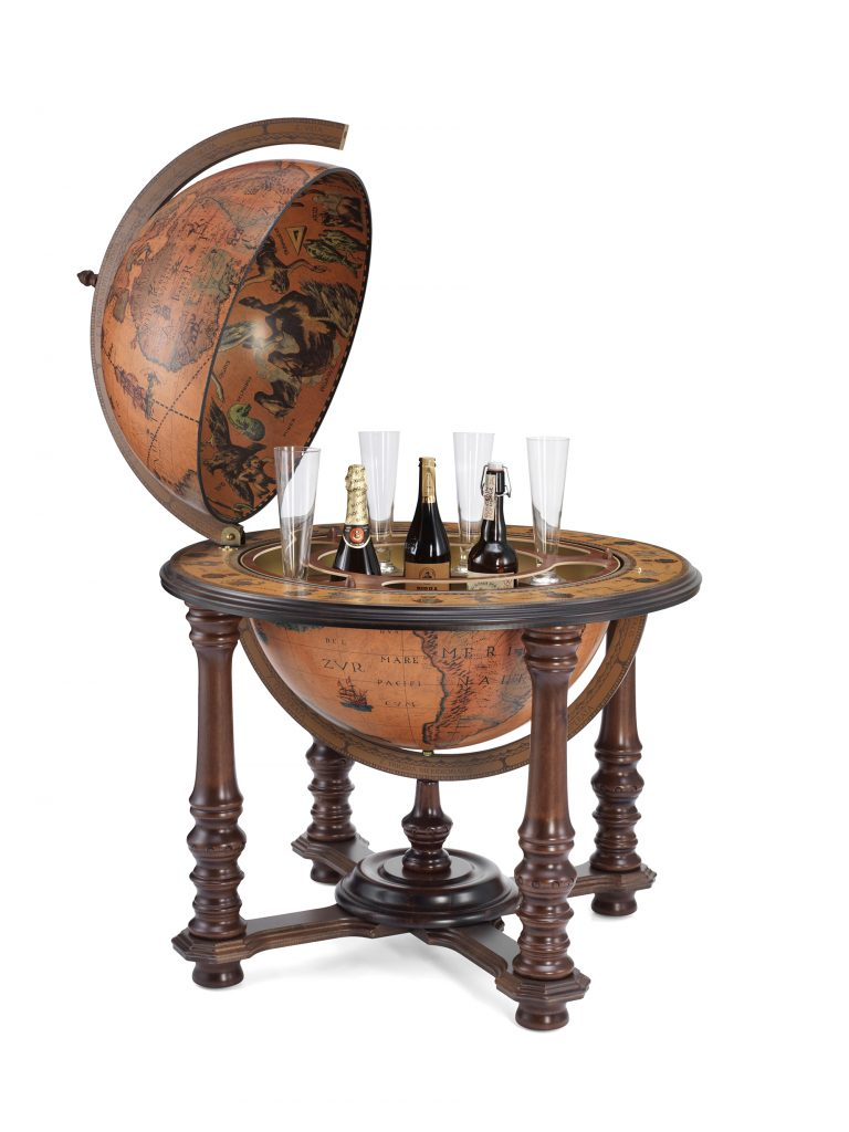 Product photo of the Grand Throne Room floor standing bar globe Demetra | open view