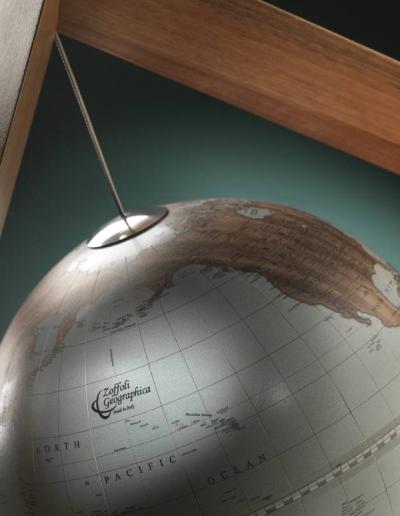 Studio photo of the Designer Globe The Cube - top